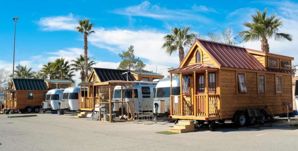 llamalopolis tiny homes