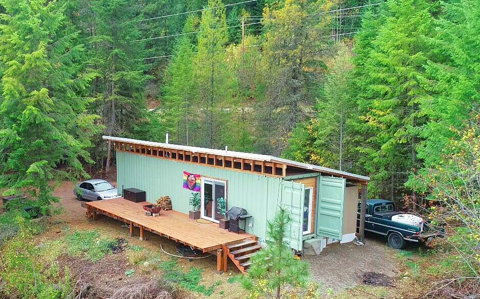 Matt & Paiton's tiny container home - click to see more!