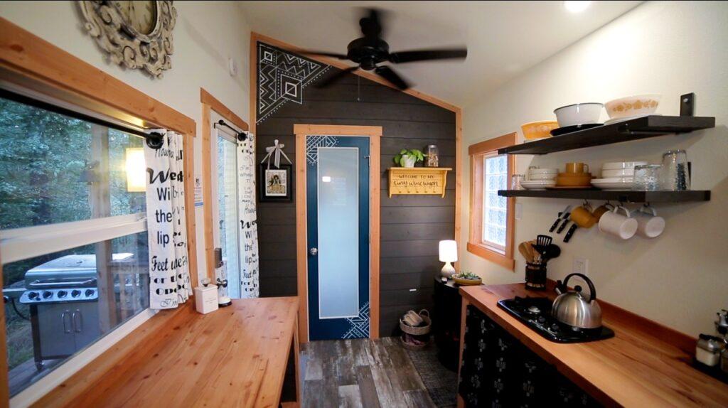 your tiny home's décor